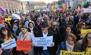 Strasbourg le 4 octobre 2015. Rassemblement à l'appel des alévis pour protester contre la tenue d'un meeting du président turc Tayyip Erdogan au Zéntih de Strasbourg.