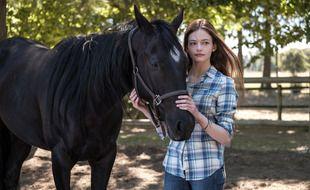 Mackenzie Foy dans «Black Beauty» d'Ashley Davis