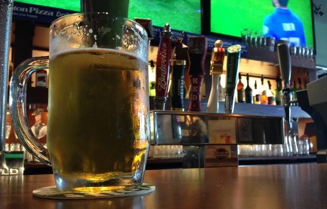 Illustration d'une bière pression, ici servie dans un bar au Royaume-Uni.