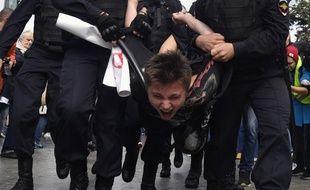 Plus de 800 personnes ont été interpellées à Moscou samedi 3 août 2019.