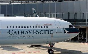 Un avion de la compagnie Cathay Pacific sur le tarmac de l'aéroport de Toulouse (image d'illustration).