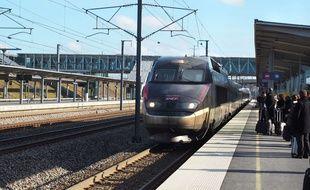 Un train en gare (photo d'illustration).