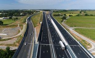 Le nouveau tronçon de l'A9 à hauteur de Montpellier filmé par un drone, quelques jours avant son ouverture.