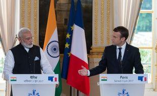 Avec Emmanuel Macron, qu'il a très chaleureusement enlacé à son arrivée sur le perron de l'Elysée, le Premier ministre indien a pendant deux heures parlé notamment de leur soutien commun à l'Accord de Paris.
