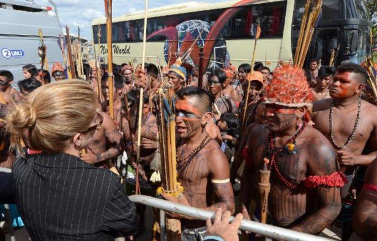 Un juge d'un tribunal fédéral de Brasilia a ordonné la suspension des travaux de construction du gigantesque barrage de Belo Monte, en Amazonie brésilienne, vivement contesté par les écologistes et les populations locales, a annoncé lundi une porte-parole de la cour. – Evaristo Sa AFP