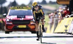 Wout van Aert a remporté le contre-la-montre du Tour de France entre Libourne et Saint-Emilion, ce samedi.