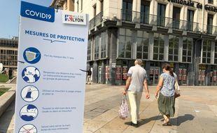 Le port du masque est obligatoire à Lyon dans toute la ville en raison de la crise sanitaire liée au coronavirus.