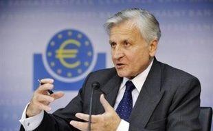 """Sur le front de l'inflation, le président de la BCE Jean-Claude Trichet a quelque peu adouci son message, estimant que les risques inflationnistes avaient """"dimininé"""", mais """"pas disparu."""