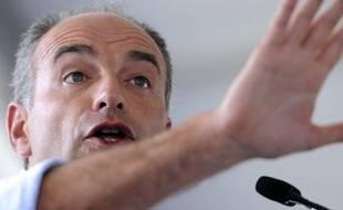 Jean-FrançoisCopé lors de son discours àChateaurenard, le 25août 2013.