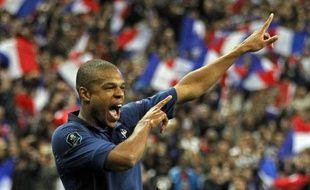 L'attaquant de l'équipe de France, Loïc Rémy, après son but inscrit contre l'Albanie au Stade de France le 7 octobre 2011.