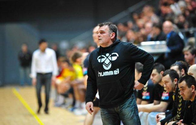 Philippe Gardent pendant la rencontre de championnat entre Chambéry et Toulouse, au Palais des Sports de Toulouse, le 2 mars 2011.