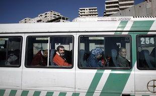 Le chauffeur de bus palestinien a trouvé les 10.000 dollars dans son bus. (illustration)