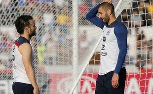 Mathieu Valbuena et Karim Benzema à l'entraînement pendant la Coupe du monde 2014 au Brésil.