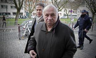 Lille, le 4 fevrier 2015. Troisieme journee d'audience du proces pour proxenetisme aggrave de l'affaire dite du carlton de Lille devant le tribunal correctionnel. Ici Dominique Alderweireld, dit Dodo la Saumure, et son avocat Sorin Margulis.