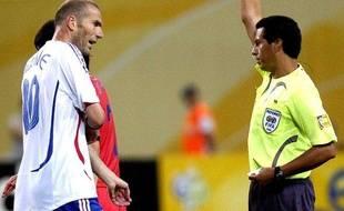 Zinédine Zidane, lors d'un match de Coupe du monde contre la Corée du Sud, le 18 juin 2006 à Leipzig.
