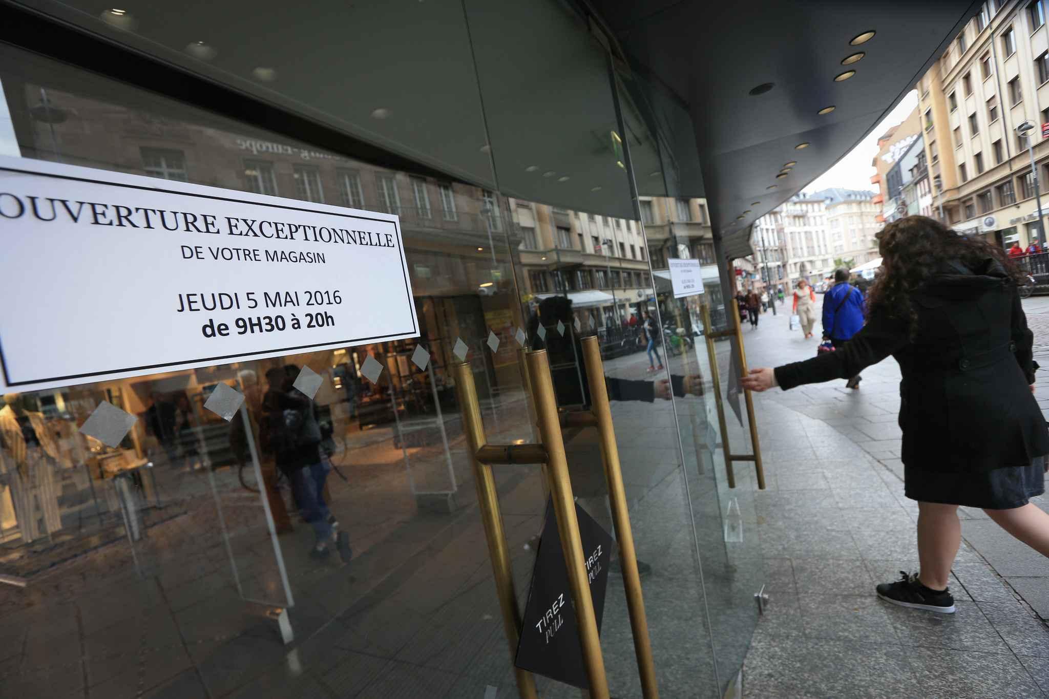 strasbourg a l 39 ascension les commerces ouvrent pour faire grimper leur chiffre d 39 affaires. Black Bedroom Furniture Sets. Home Design Ideas