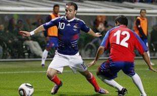Le Français Mathieu Valbuena a marqué un but lors de sa première sélection face au Costa Rica à Bollaert le 26 mai 2010.