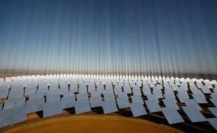 Centrale solaire près de Séville, Espagne, le 6 novembre 2008.