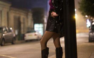 Une prostituée à Bordeaux, le 9 décembre 2013. Illustration.