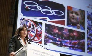 La maire de Paris Anne Hidalgo, le 12 février 2015 à Paris, lors d'un discours sur la candidature parisienne aux JO 2024