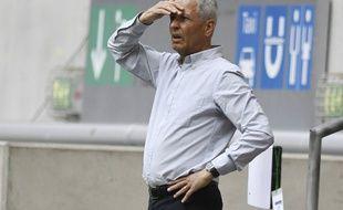 Lucien Favre sera toujours l'entraîneur de Dortmund pour la saison 2020-2021.