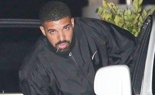 Le «In My Feelings challenge» consiste à danser sur le tube de Drake, après être descendu d'un véhicule en marche qui continu à rouler lentement sans pilote.