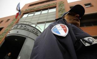 Toulouse, le 26 février 2013. Illustration Police Nationale devant le commissariat central.
