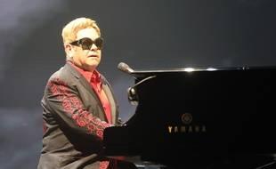 Le chanteur Elton John au SSE Arena de Belfast en 2016