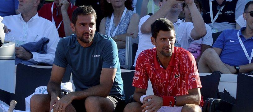 Nivak Djokovic et Marin Cilic lors de l'étape de l'Adria Tour à Zadar, en Croatie, le 19 juin 2020.