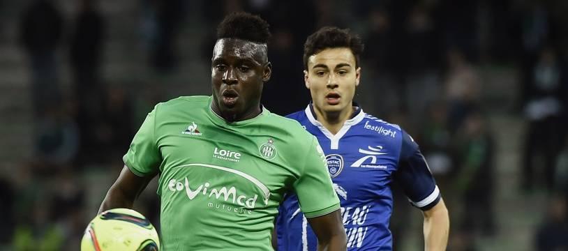 Moustapha Bayal Sall, ici lors d'un match de Ligue 1 en avril 2016 entre l'ASSE et Troyes.
