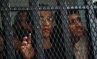 Huit Yéménites ont été condamnés mercredi à des peines de prison allant jusqu'à dix ans pour complicité dans un attentat suicide revendiqué par Al-Qaïda ayant tué 86 soldats en mai 2012.