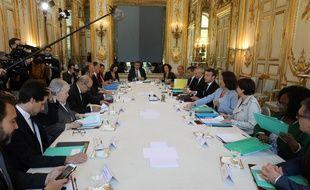 Les membres du gouvernement lors du dernier Conseil de défense écologique.