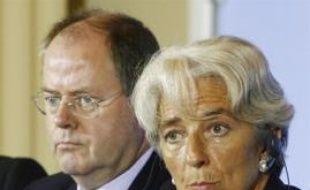 Les ministres des Finances français, allemand, britannique et italien se retrouvent jeudi à Paris pour tenter d'élaborer une stratégie commune face à la crise financière qui secoue les marchés depuis l'été et menace l'économie mondiale en 2008.