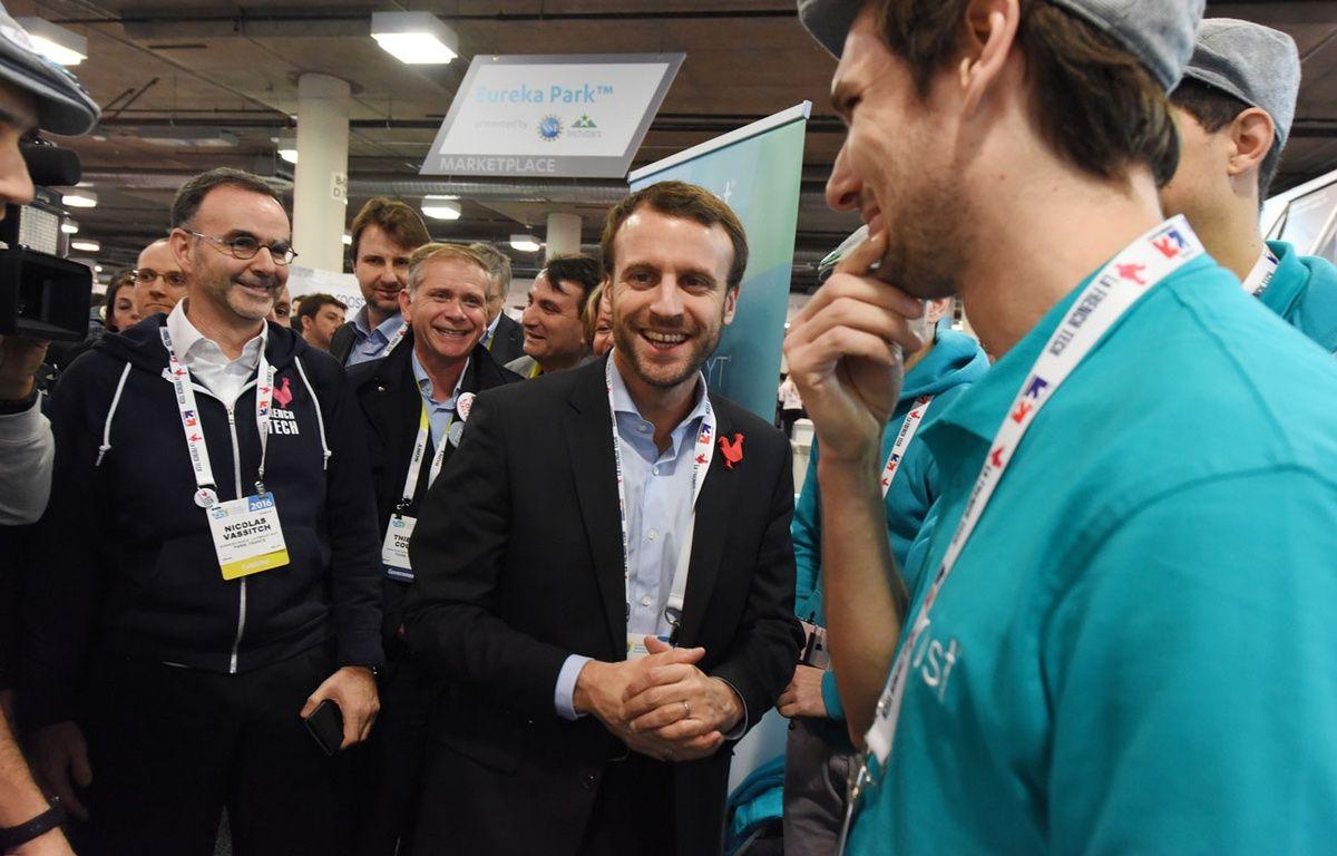 Emmanuel Macron, alors ministre de l'Economie, en déplacement au CES de Las Vegas, en janvier 2016. – R.BECK / AFP