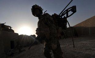 Les nombreuses procédures judiciaires intentées contre l'armée britannique mettent en danger sa capacité d'action lors des conflits et risquent d'être utilisées par des adversaires du Royaume-Uni, s'inquiète un influent groupe de réflexion dans un rapport publié vendredi.