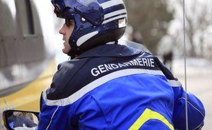 Un gendarme à moto. Illustration