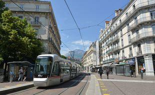 Photo d'illustration du tramway à Grenoble, ici en mai dernier.