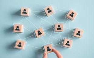 Il est utile d'entretenir son réseau de relations professionelles.
