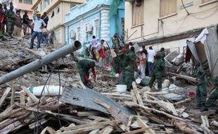 Le bilan de l'effondrement vendredi d'un immeuble en construction dans le centre de Dar es Salaam a atteint 34 morts, a-t-on appris lundi de source officielle alors que l'espoir s'amenuise de retrouver vivantes les personnes disparues.