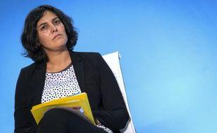 La ministre du Travail, Myriam El Khomri, le 26 octobre 2015, aux Mureaux, près de Paris