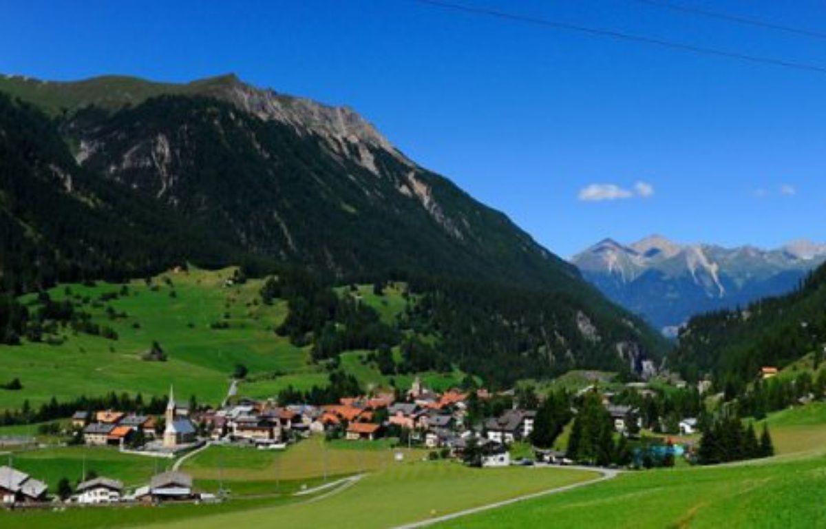 Le village de Bergün ( Suisse) interdit les photos pour se faire un coup de pub – Screenshot Rail.cc