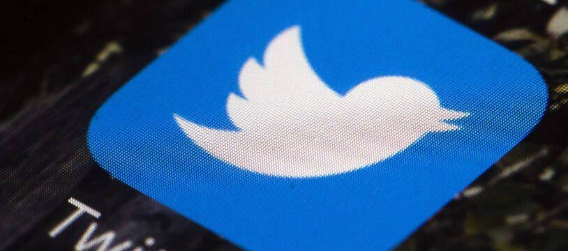 L'application Twitter sur un smartphone.