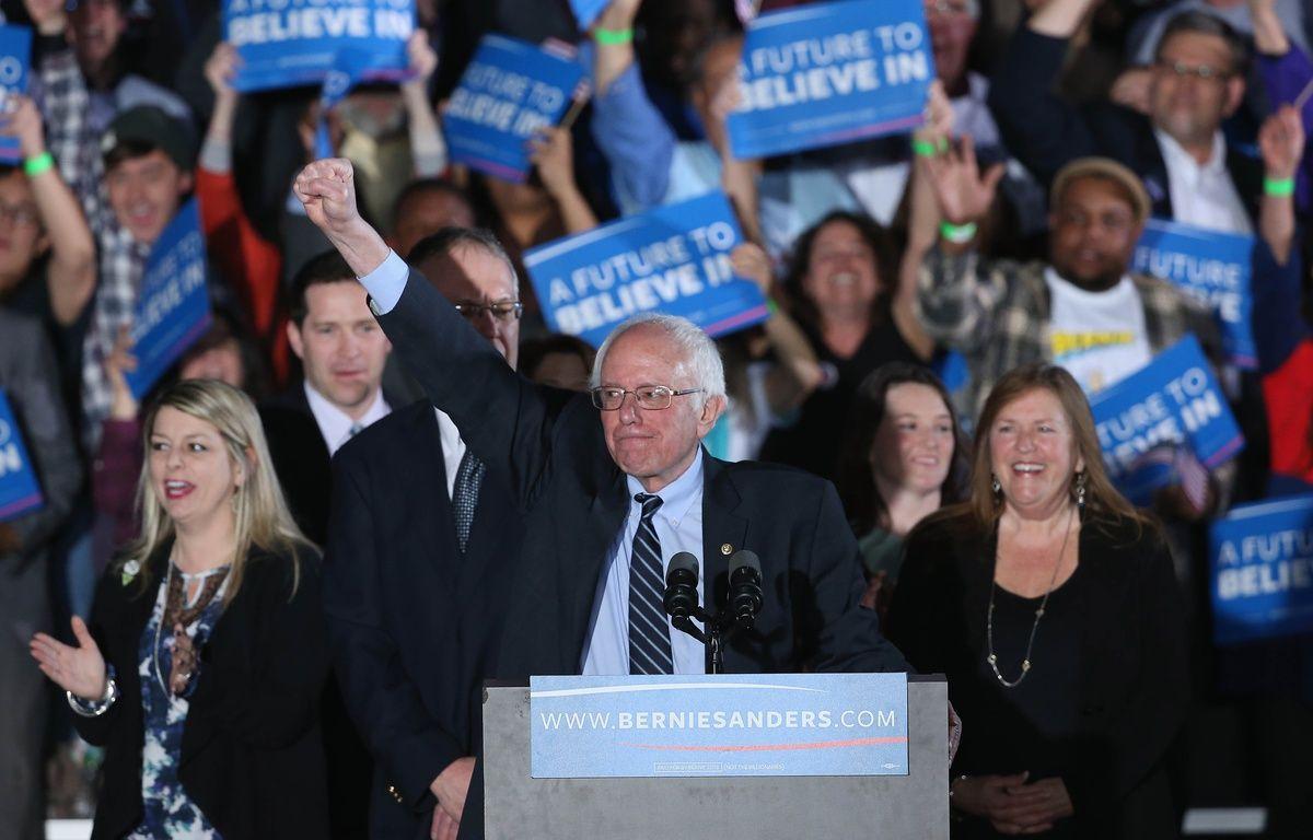 Le candidat démocrate, Bernie Sanders, victorieux dans la primaire du New Hampshire, le 9 février 2016. – WIN MCNAMEE / GETTY IMAGES NORTH AMERICA / AFP