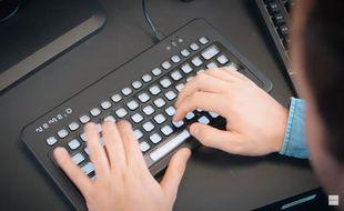 Un clavier entièrement personnalisable cartonne sur Kickstarter