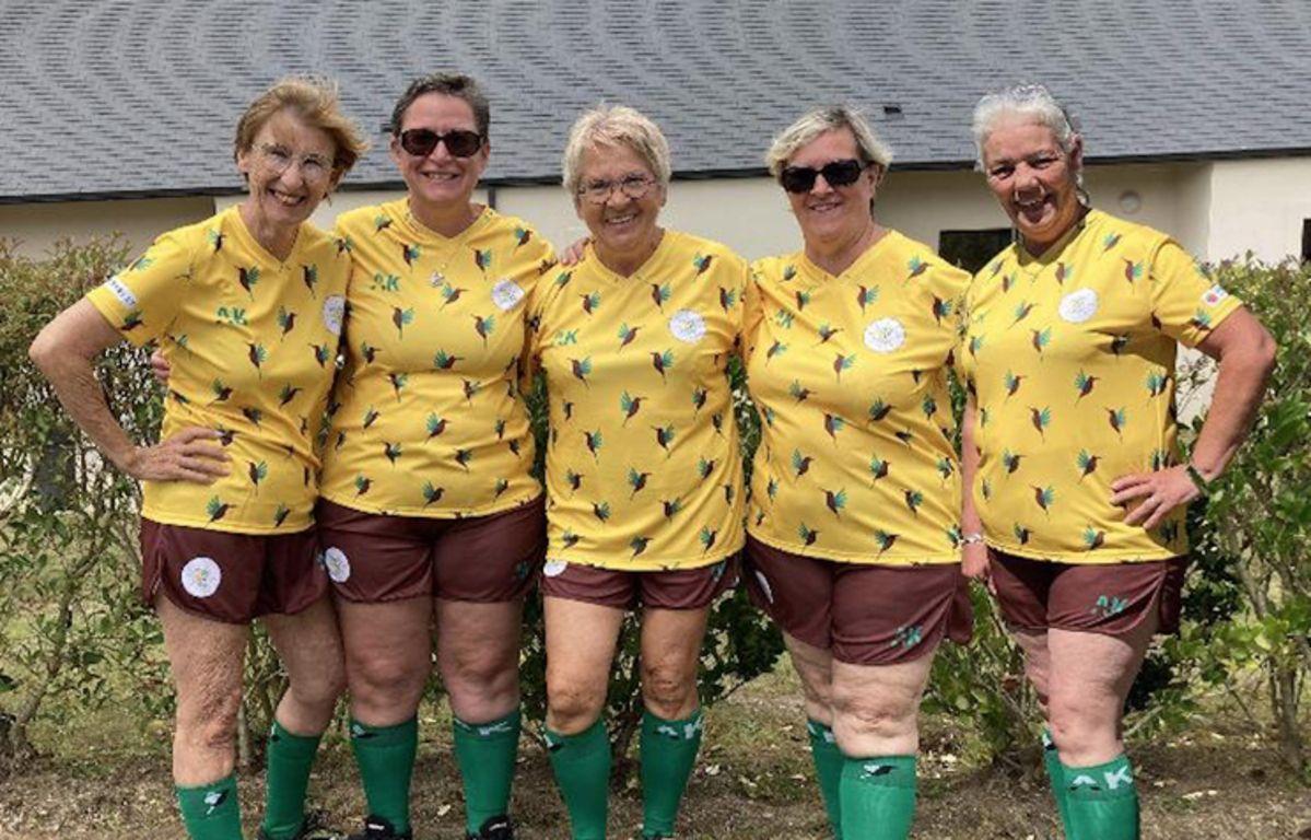 L'association Footeuses à tout âge veut rendre accessible la pratique du foot aux femmes seniors. — Association Footeuses à tout âge
