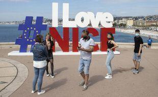 La strucuture #IloveNice, au bout de la promenade des Anglais, le 9 mai 2021