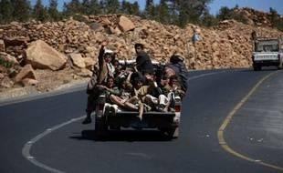 Quatre humanitaires étrangers enlevés mardi avec leurs chauffeurs yéménites par des hommes armés au Yémen ont été libérés mercredi, a annoncé à l'AFP le ministre de l'Electricité, Salah Hassen Soumaïa.