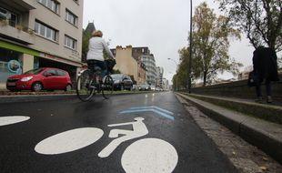 Illustration d'un aménagement cyclable, ici à Rennes.