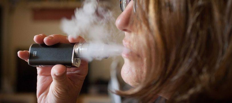 De nombreux fumeurs parviennent à arrêter le tabac grâce à la cigarette électronique. Mais arrivent-ils à arrêter de vapoter ensuite?