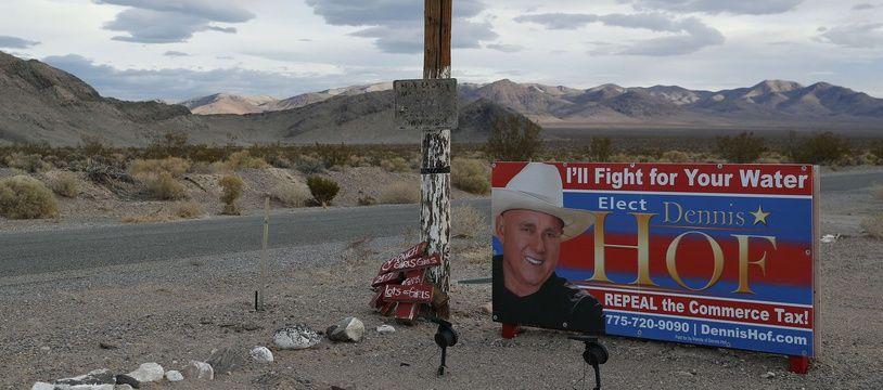 Candidat républicain à l'assemblée du Nevada, Dennis Hof a été retrouvé mort dans l'un des ses établissements, mardi 16 octobre.